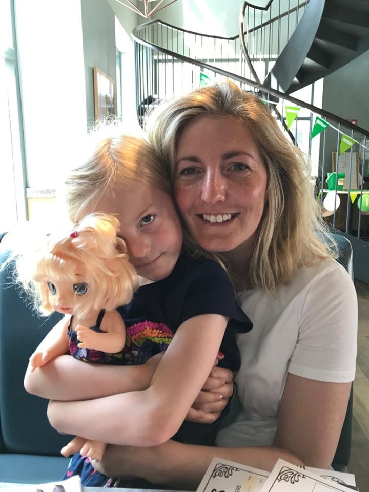 Lunch with little people at 40
